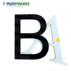 Lettere in plexiglass Nero spessore mm.3