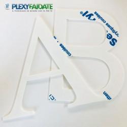 Lettere in plexiglass bIANCO spessore mm.3